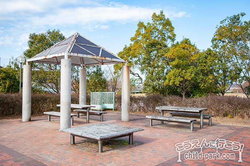 桧原運動公園の休憩スペース