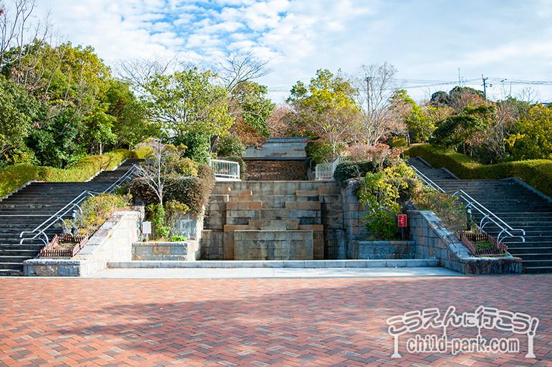桧原運動公園の壁泉