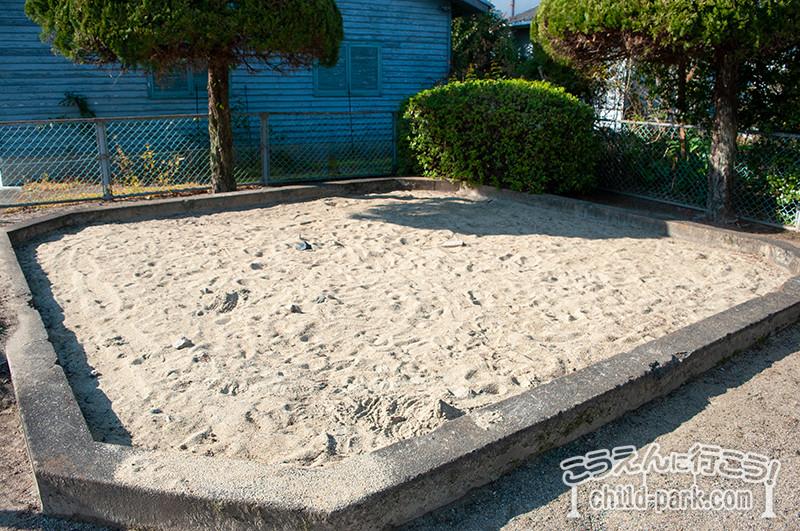 満所公園の砂場